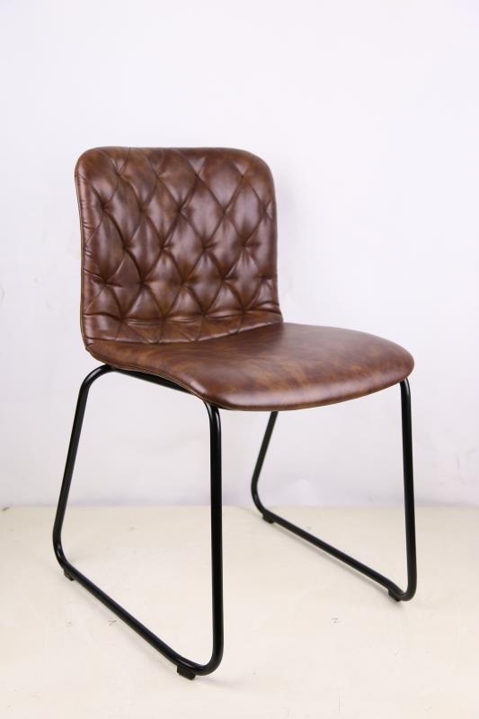 vintage tische st hle im freudenhaus online shop kaufen. Black Bedroom Furniture Sets. Home Design Ideas